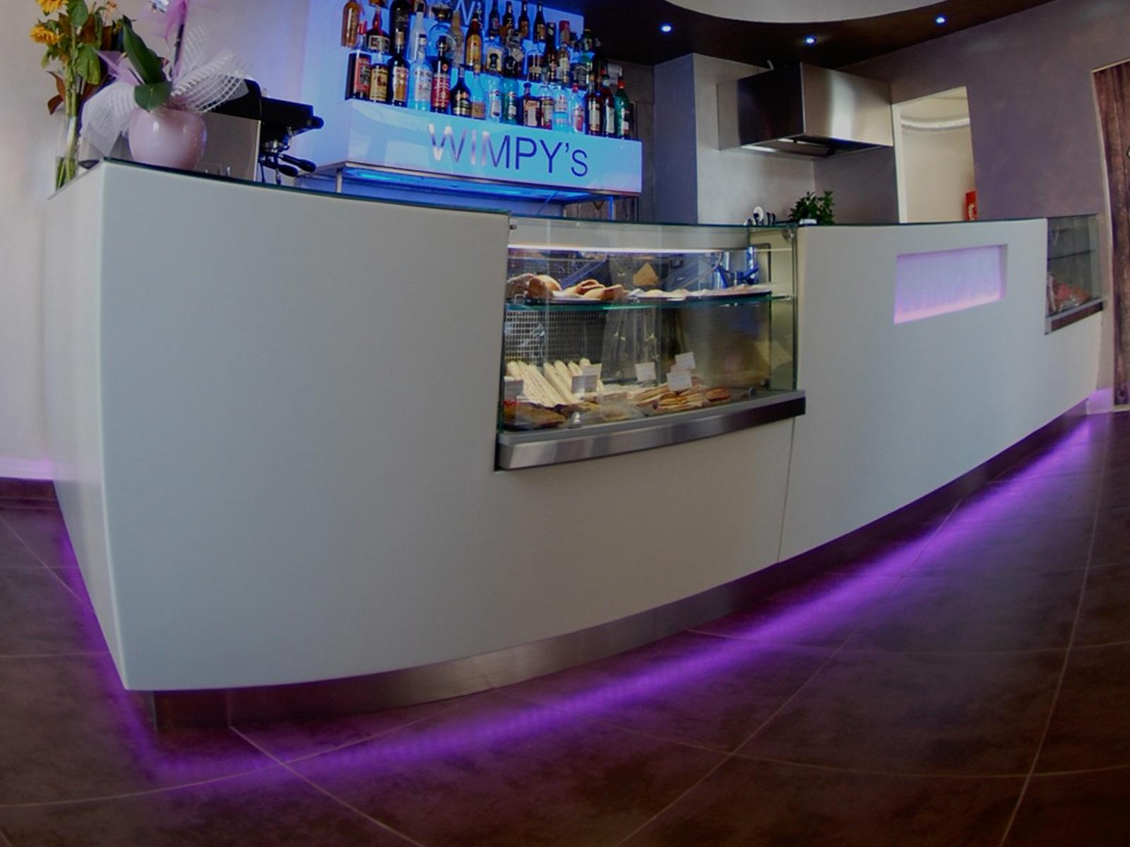 Banchi bar e banconi per ogni tipo di locale a prezzi for Banconi bar usati roma
